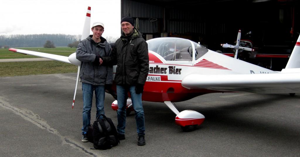Neuer Scheininhaber_Motorsegler Scheiber Falke_Augsburger Verein für Segelflug